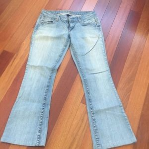 "Amethyst jeans size 7 inseam 29-1/2"""